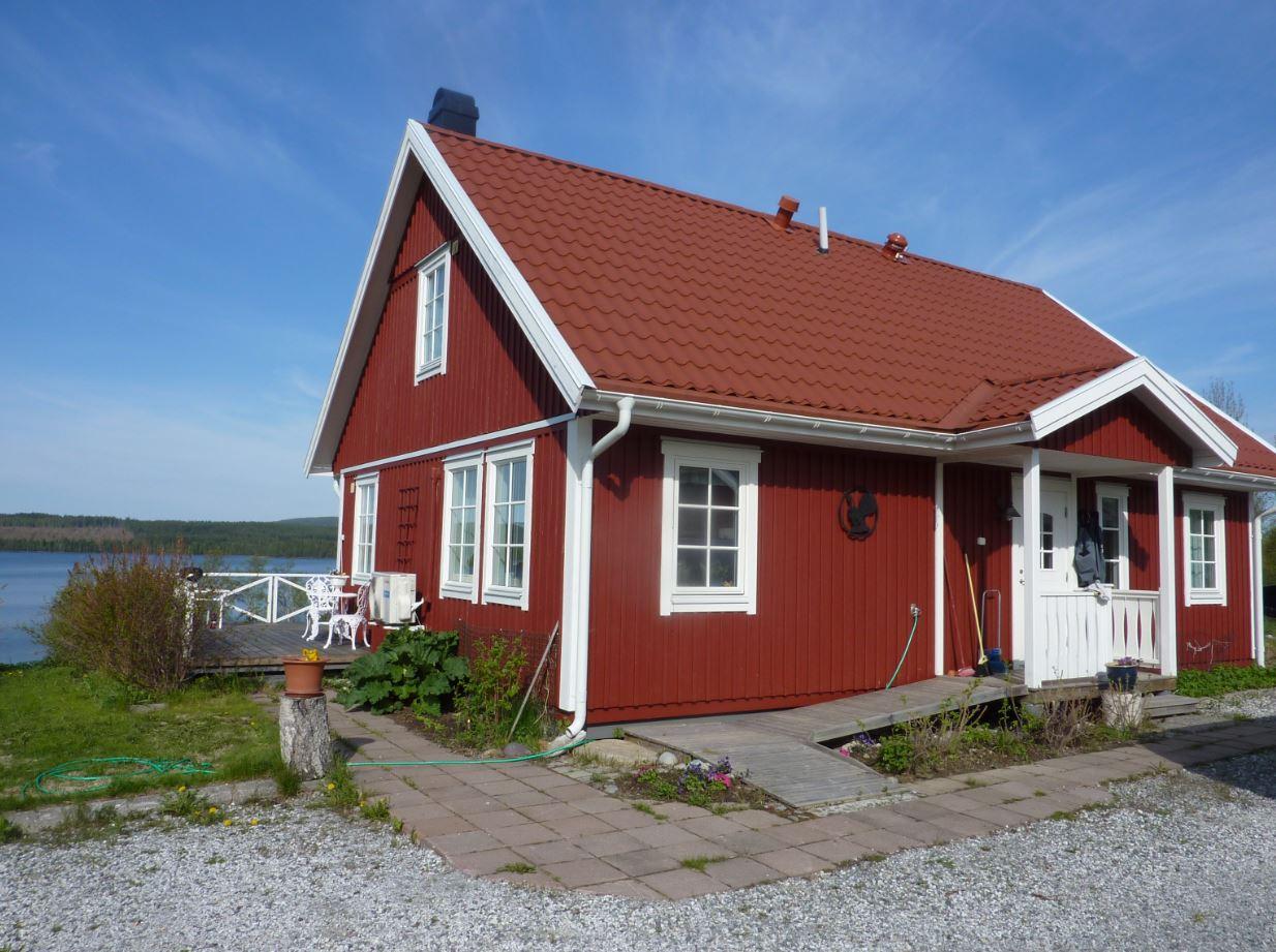 maison avec vue sur un lac - laponie